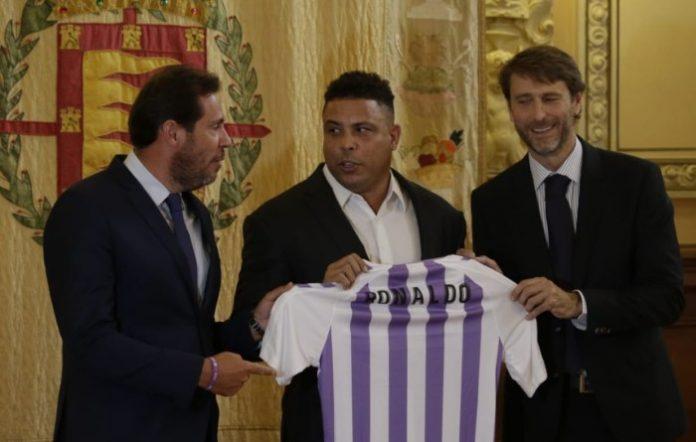 Carlos Suarez_Ronaldo_Camiseta